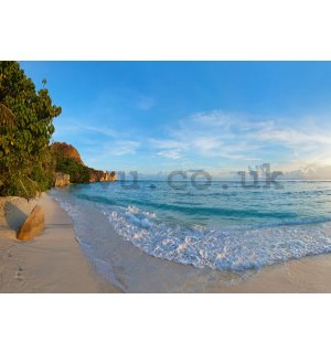 Wall Mural: Paradise on the Beach (4) - 254x368 cm