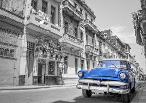 Wall mural: Havana blue car - 254x368 cm